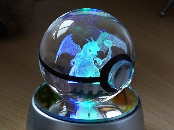 Crystal Engraved Pokeballs Charizard