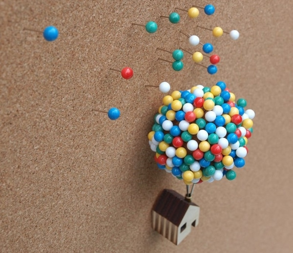 Balloon House Pin Holder